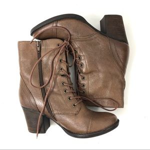 Steve Madden Geraldin Lace Up Combat Boots 7.5